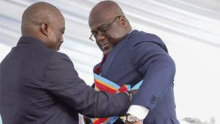 Joseph Kabila (left) and Félix Tshisekedi, during the handover at the end of January 2019