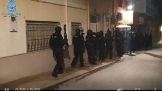 Operation to arrest Islamic State suspect in Spain