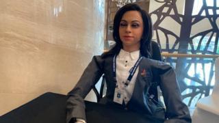 इसरो, महिला रोबोट 'व्योममित्र' को अंतरिक्ष की सैर कराएगा