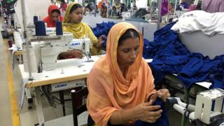 clothing workers in Dhaka
