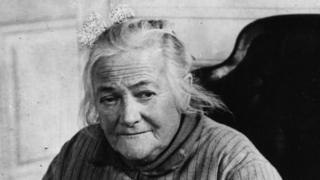 《新冠疫情和劳工运动:三八国际妇女节的前世今生》
