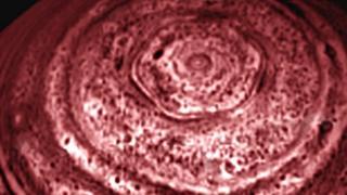 """Северный полюс Сатурна (фото """"Кассини"""" 27 марта 2007 года)"""