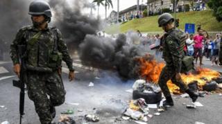 บราซิล, ตำรวจ, ผละงาน, ประท้วง, จลาจล, วิตอเรีย, ปล้นสะดม