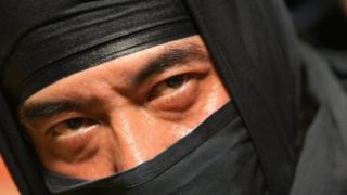 un ninja en un festival de Hong Kong.