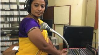 రేడియో స్టేషన్ నిర్వహణలో 'జనరల్' నరసమ్మ