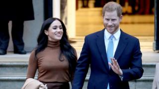 Queen has the same opinion 'transition' for Harry and Meghan thumbnail