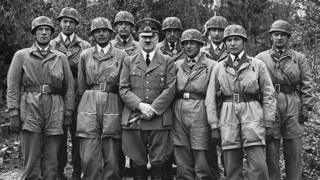 Hitler ve destekçileri