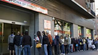 unemployment queue in Spain