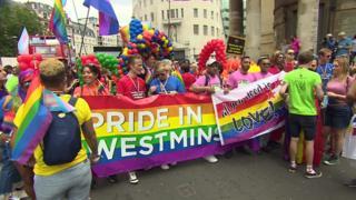 رژه جهانی افتخار دگرباشان به لندن رسید