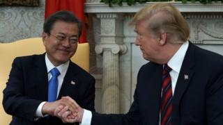 (캡션) 문재인 대통령과 도널드 트럼프 대통령