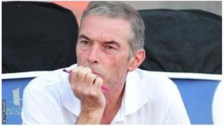 """Dussuyer affirme qu'il y a eu """"une cassure"""" au sein de la sélection ivoirienne dès l'arrivée au Gabon."""
