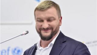Павел Петренко считает, что теперь первый иск рассмотрят более оперативно