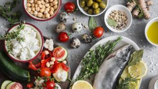 Alimentos de uma dieta mediterrânea.