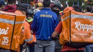 لماذا تعد الوظائف المؤقتة سلاحا ذو حدين للمهاجرين؟