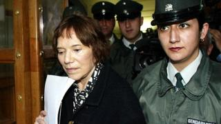 Mariana Callejas (L) after Prats trial, archive picture 1 September 2003