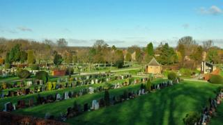 Snell Hatch cemetery