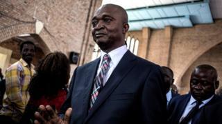 Bwana Shadary muri Kiliziya ya Notre-Dame Du Congo iri i Kinshasa, ku itariki ya 24 y'ukwezi gushize kwa cumi na kumwe ubwo yatangizaga ibikorwa bye byo kwiyamamaza