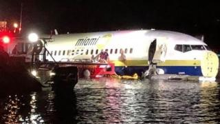 Plane after skidding into Florida river