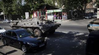 Захват полицейского участка в Ереване