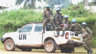 Léonard She Okitundu, ministre congolais des Affaires étrangères, dénonce l'initiative prise par l'ONU d'envoyer dans les tous prochains jours une équipe chargée d'enquêter sur ce double meurtre.