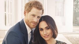 哈里王子和梅根·馬克爾在溫莎的浮若閣摩爾宮(Frogmore House)的訂婚照。
