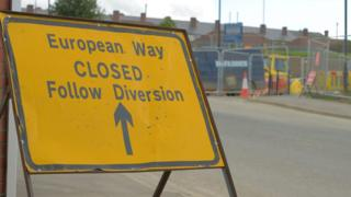 European Way, road closed sign