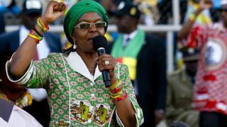 Grace Mugabe, la première dame du Zimbabwe se serait envolée vers la Namibie.