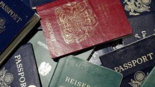 Des copies de passeports de différentes nationalités (illustration)