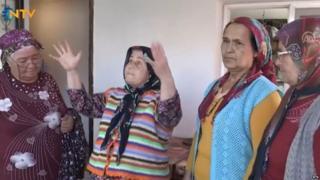 Turkish women amateur theatre group rehearsing