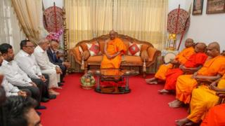 முஸ்லிம் நாடாளுமன்ற உறுப்பினர்களுக்கும், மகாநாயக்க தேரர்களுக்குமிடையில் சந்திப்பு