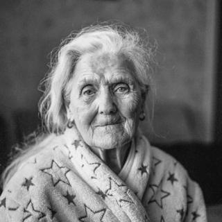 Photograph of 'Mary from Glasgow Gorbals' by Robert Andrew Mercer