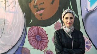 A síria Dana Albalkhi, 27, está há três anos no Brasil