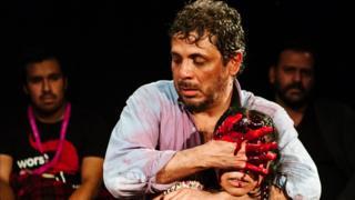 """Producción de """"Mendoza"""" en el Southwark Playhouse, Londres (Foto: Alex Brenner / CASA Festival)"""