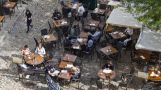 sidewalk cafes in France