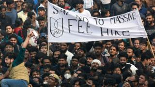 Students of JNU protesting against fee hike outside All India Council For Technical Education during JNU convocation