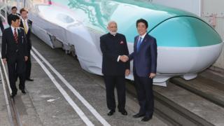 प्रधानमंत्री नरेंद्र मोदी और शिंज़ो अबे