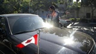روابط دیپلماتیک ایران و کانادا از اواخر تابستان ۱۳۹۱ قطع شد