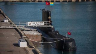 У навчаннях бере участь підводний човен з Туреччини.