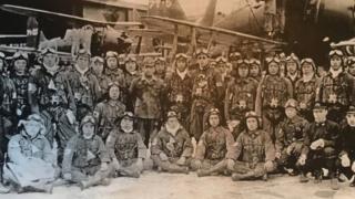 خلبانان کامی کازه