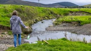 Upstream Battle campaign raises awareness of little pollution along the River Clyde