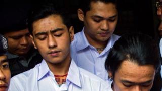 အောင်ရဲထွေး သေဆုံးမှုနှင့်ပတ်သတ်ပြီး (၃) ဦးကို ၂၀၁၈ ဇန်နဝါရီလ (၁၈) ရက်နေ့က သင်္ဃန်းကျွန်းမြို့နယ်တရားရုံးတွင် ဒုတိယအကြိမ် ရုံးထုတ်ခဲ့စဉ်
