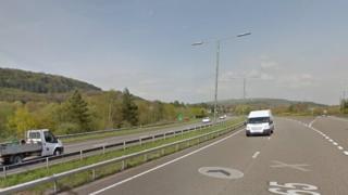 Ardal cyffordd Tonna o'r A465 Ffordd Blaenau'r Cymoedd