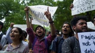 Delhi'de gösteri