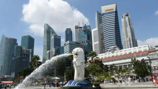 A genera view showing Singapore's famous Merlion