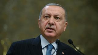 Turski predsednik Redžep Tajip Erdogan tokom govora u Aprilu 2019.