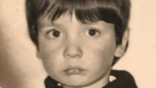 Thomas Gorry de niño.
