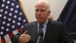 سناتور مککین در سال ۲۰۰۸ نامزد حزب جمهوری خواه در انتخابات ریاست جمهوری بود