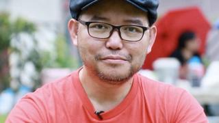 """الرجل الذي ينتمي لـ """"أقلية داخل أقلية"""" في هونغ كونغ"""