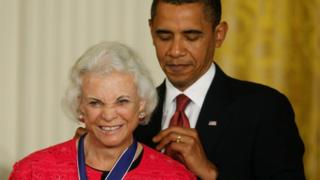 "U.S. President Barack Obama (R) presents the Medal of Freedom to the first female Supreme Court Justice, Sandra Day O""Connor, during a ceremony in the East Room of the White House in Washington, August 12, 2009"