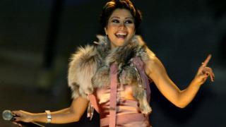 Sherine Abdel Wahab, lors d'un concert à Doha en 2004.
